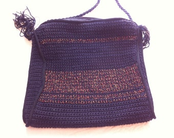 Black and gold bag dressed but casual silk hook and lining satin cord