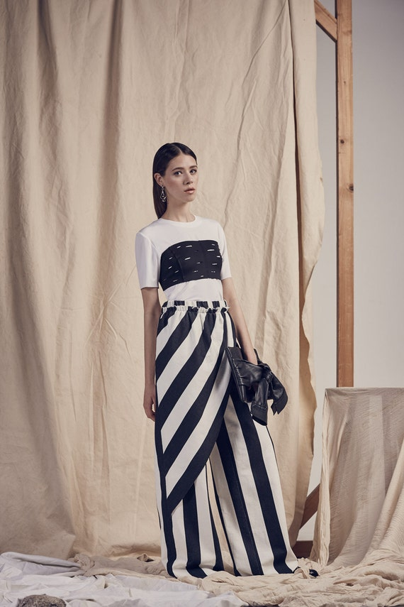 Striped BLACK & WHITE wide TROUSERS