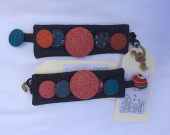 Fabric button wrist cuff