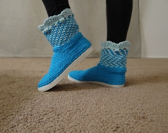 Hand Knitted Women Boots