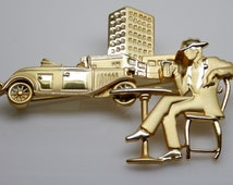 Elegant Deco Man, Stylish 80's fashion pin/brooch. Puttin' on the Ritz, Gold Deco Scene Brooch. Putting on the Ritz, Suite pin