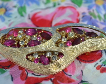 Vintage Coro pin brooch rhinestone marquise pink red fuschia black diamond hollywood regency glamour / Offered by poshparagons for you gift