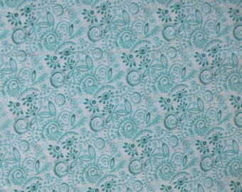 Modern Roses Patina Sweet Pea on White 7186 13 by Stephanie Ryan for Moda - 1/2 yd Cut