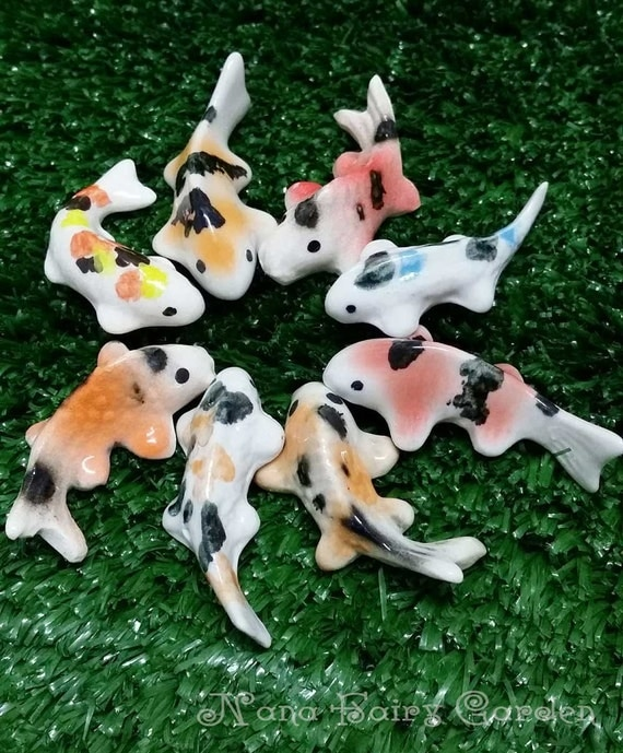 Fancy carp koi fish figurines ceramic miniature dollhouse for Mini carpe koi