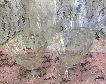 Vintage Glass Sundae Ice Cream Parfait Dishes Set of 4