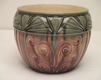 Cachepot Slips with geometric decoration