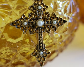 Vintage 1928 Cross Pendant -free shipping-