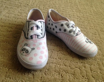 White Canvas Designed Child Sneakers