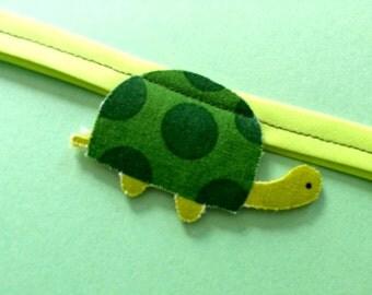 Green Turtle Garland
