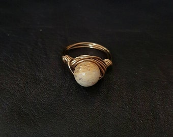 Serpentine copper wire wrapped ring