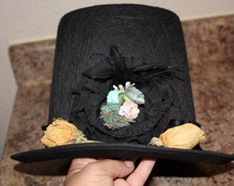 Lady Abe hat