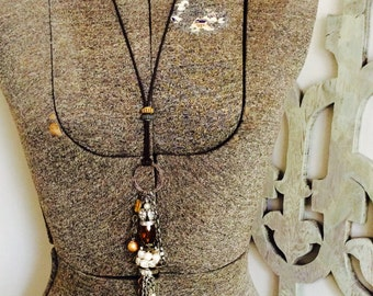 Fit for a Queen lariat necklace