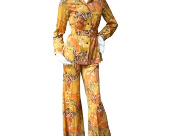 Hipster Mod 1970's Jungle Print Trouser Suit. Polyester.