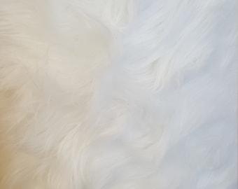 Half Yard ** PRE CUT** Shaggy Faux Fake Fur / White Fabric (Z2)