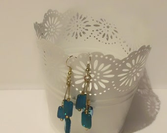 Gold and Green cluster danglinf earrings
