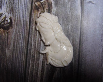 Pendant Necklace Beauty Girl from Buffalo Bone Carved with Silver Bail_x223