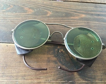 Vintage AO Motorcycle Aviator Sunglasses