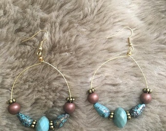 Trendy handmade earrings,great for summer and casual event.