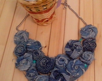 "Necklace ""Flowers with denim"""