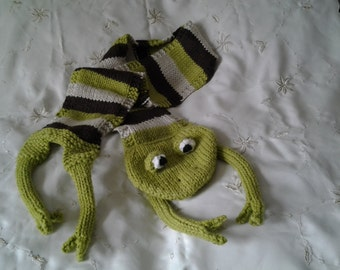 """Hand knitted novelty frog scarf 44"""" long"""