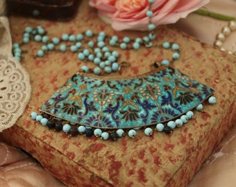 Vintage enamel and bead necklace