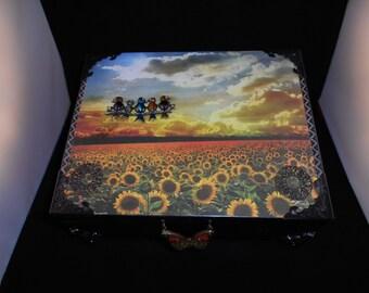 Keepsake Box, Up-cycled Cigar Box, Jewelry Box, Vintage, Up-cycled, Trinket Box, Wooden Storage Box, Wooden Memory Box
