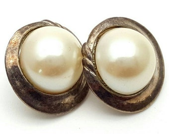 Half Pearl Silver Tone Metal Round Stud Earrings Vintage Faux Pearls from the 70s