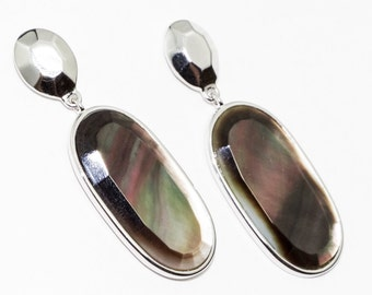 Long earrings sterling silver Mother of Pearl -Wedding Gifts - Bridesmaids Gifts - Mothers Day Gift