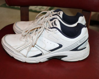 CHUNKY WHITE SHOES - kirland brand 1990's/2000's shoes
