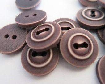 Buttons Brown 14mm 2 Hole Plastic Pack of 20 A71