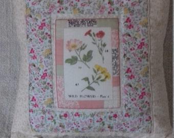 Little wild flower cushion
