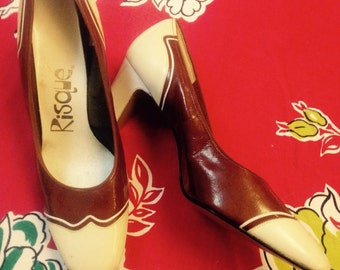 60's Brown And Cream Spectator Pumps.