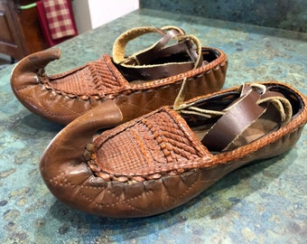 Vintage Leather Opanke Huaraches Genie Elf Shoes Leather Slippers Very Small Size