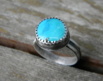 Adorable Royston Turquoise Ring - rustic sterling silver - Size 7.25