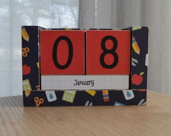 Perpetual Wooden Block Calendar - Elementary School Icons - Navy
