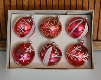 Red Christmas Ornaments! Unbreakable - Mica - Box - Royal Hill Vintage