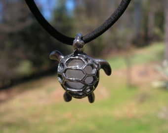 Sea Turtle Pendant Sterling Silver With Rose Quartz