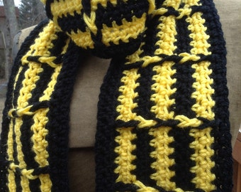 Black and Yellow Scarf Geometric Crochet Optical Illusion Acid Trip Magic Superhero fan gear