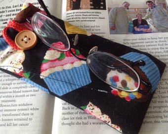 Quilted Eyeglass Case - Cupcakes