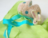 Easter Bunny and Easter Egg : Sweet Something in 'Nova' (Silk and Wool Surprise Easter Egg)