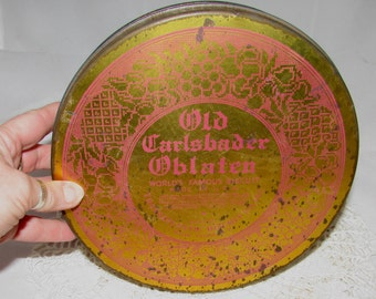Vintage Old Carlsbader Oblaten Biscuit Round Tin Box , Transatlantic Biscuit Co, New York, 40s, storage container, metal box, gold, red