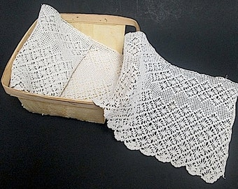 Hand made linen crochet lace trim edging