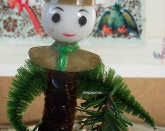Vintage Style / Pipe Cleaner Scout Figure / Vintage Craft Supplies / Vintage Plastic Head