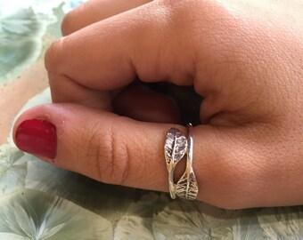 Leaf ring, thumb ring, midi ring, thin ring, silver band, sterling silver ring, leaves ring, nature ring, botanical ring - Joyful Mind R2297