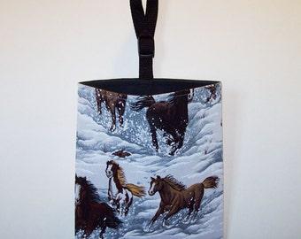 Auto Trash - Car Litter Bag - Horses In Snow