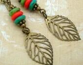 Boucles d'oreilles de feuilles colorées dans un Style longue Bohème