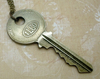 Vintage Ilco Key Necklace in Boho or Cottage Chic Style