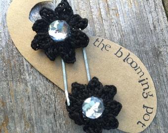 Crochet Flower Bobby Pins-Black