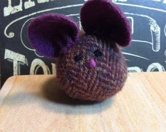 Handmade Wool Mouse, Recycled Purple Wool Mouse, Eggplant Herringbone Wool, Whimsical Shelf Mouse, Cute Mouse Plush, OOAK Collectible