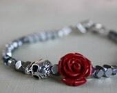 Women's Skull Bracelet, Skull Jewelry, Flower Bracelet, Beaded Bracelets, Sugar Skull, Day of the Dead, Dia De Los Muertos
